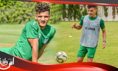 انس نية لاعب فريق الدفاع الحسني الجديدي لكرة القدم