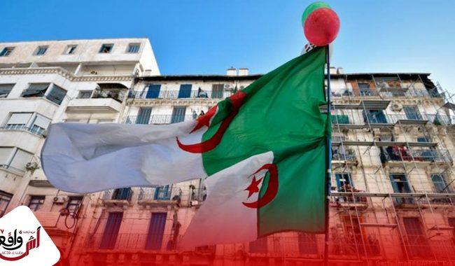 """القضاء الجزائري يدين صاحب قناة """" النهار """" بخمس سنوان نافذة بسبب إهانة الجيش"""
