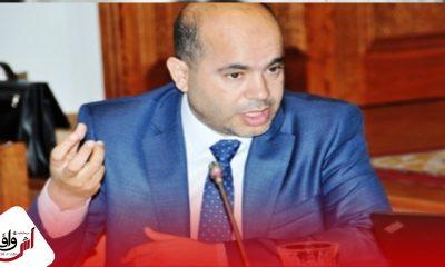 """خالد البوقرعي مدافعا عن """"البيليكي"""" البيجيدي """"لا يربي الكبدة كييت لي جات فيه """""""
